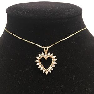 Pre❤️ 10k diamond necklace